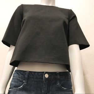 BCBGeneration Black Cropped Full Back Zip Top